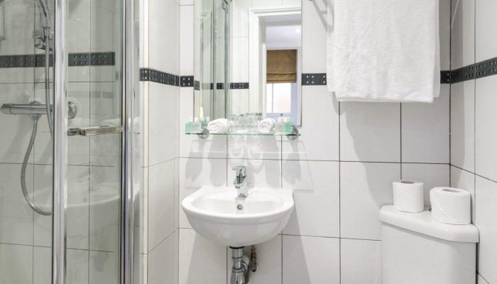 Single Room bathroom - LHH