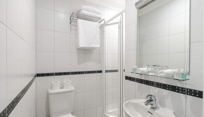 Twin garden bathroom view - LHH