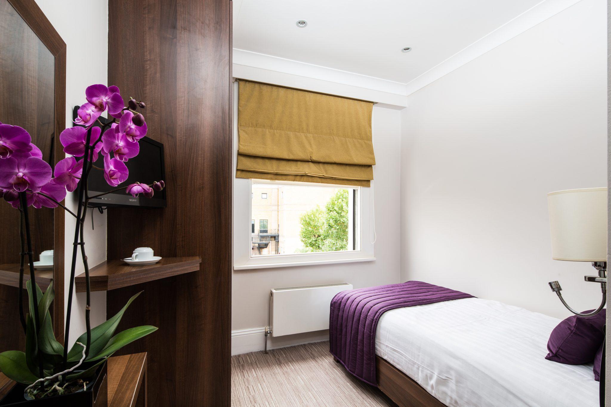 Single Room Main View - LHH