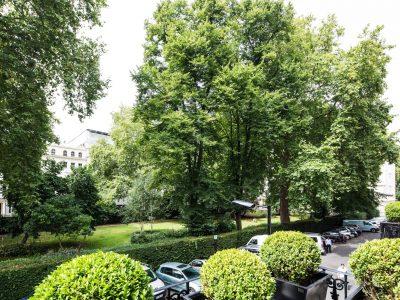 Front Garden View - LHH